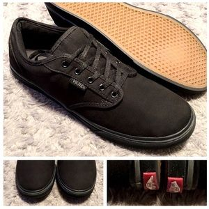 Women's Vans Lo-top paid $65 size 8.5 like new!